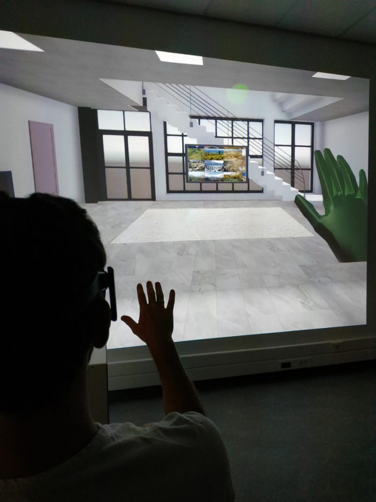AmiSim - Facilitating a Virtual Reality Tour